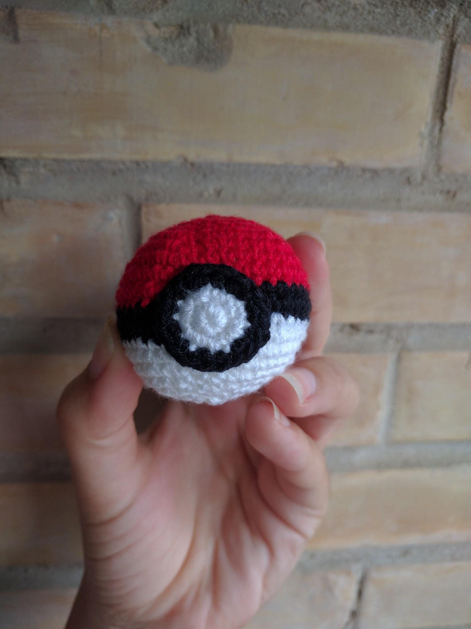 pokeball-crochet