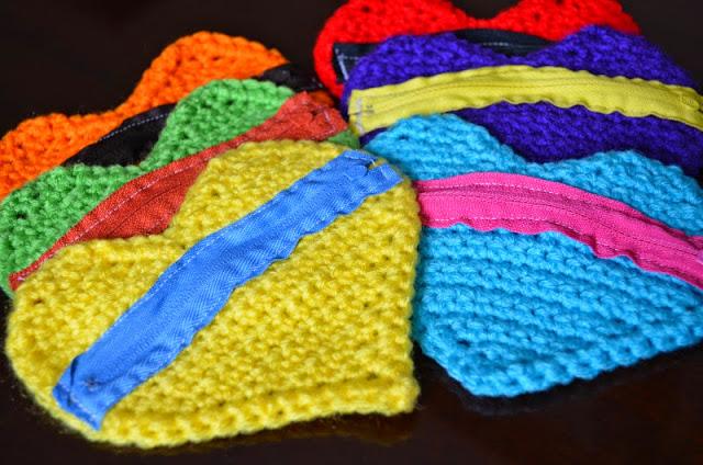 corazón monedero de crochet